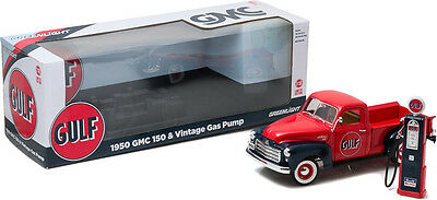 Gulf Oil - 1950 GMC 150 Truck with vintage Gas Pump