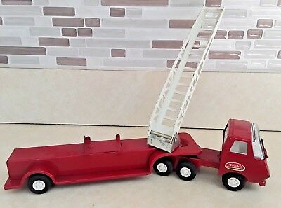 Vintage 1960s Tiny Tonka Hook and Ladder Fire Truck with Arial Ladder #55170