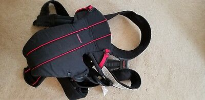 Baby Bjorn Black Classic Original Baby Carrier 8-25 Pounds Front Pouch Infant