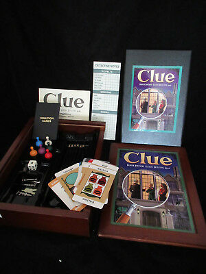 CLUE Vintage Collection Wooden Box Bookshelf Game Parker Brothers Complete