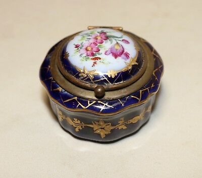antique 1800's hand painted Sevres bronze mounted porcelain trinket snuff box