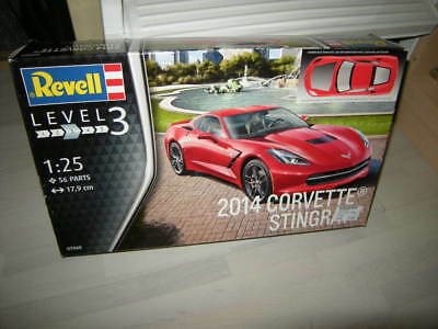 2014 Corvette Stingray 07060 56 Teile Model Set Revell Modell-Plastik-Bausatz