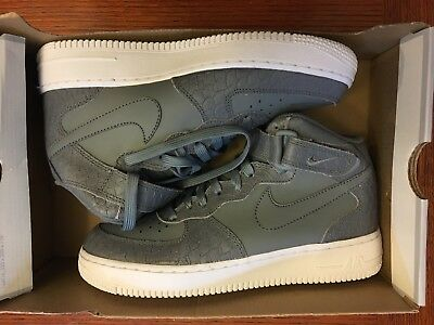 GS Shoes 553560-003 Youth Basetball  cool grey 6.5Y Nike Air Jordan 1 Low