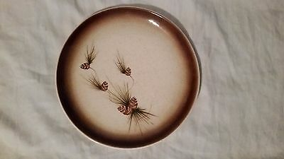 (1) VINTAGE 1950s ROMCO Rocky Mountain Pottery Pine Cone Dinner Plate