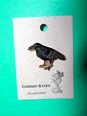 NATURES CHARMS COMMON RAVEN 24k GOLD PLATED LAPEL HAT PIN (28)
