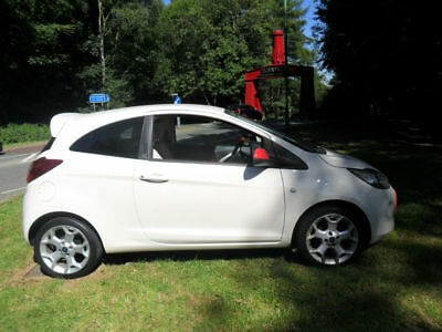 Ford Ka 1.2 2010/60 Grand Prix White With Red Strip £30 road tax must be seen