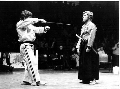 Démonstration JU-JITSU - SABRE photo presse originale