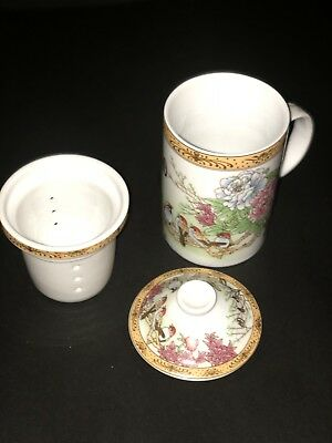 Stunning Antique Japanese Porcelain 3 Piece Tea Cup With Infuser