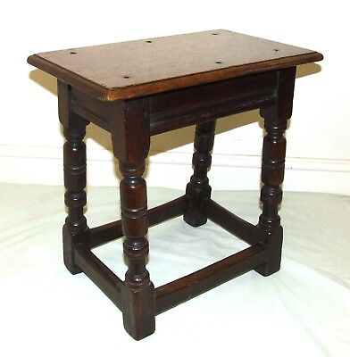Superb Antique Carved Oak Joint Stool / Occasional Table / Lamp Stand (48)