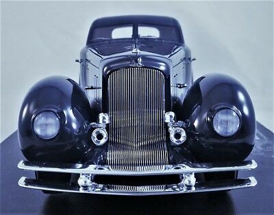 Jay Leno's Duesenberg Aerodynamic Walker Coupe in 1:24 Scale by The Diecast Club