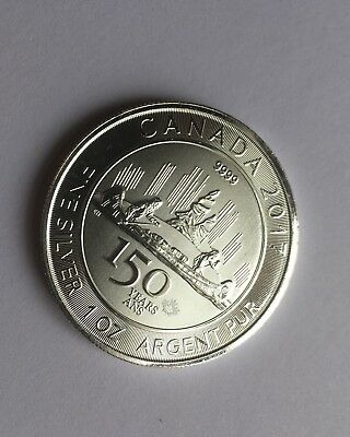 2017 1 OZ CANADIAN SILVER VOYAGEUR .9999 FINE SILVER With Coin Capsule