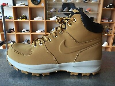 NIKE MANOA LEATHER BOOTS 454350-700  100% Authentic.