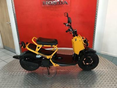 2002 '02' Honda Zoomer 50 50cc NPS50 Funky Retro Moped Scooter Motorcycle