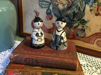 Lovely Pair of Vintage Blue & White Ceramic Bells Delft/Gzhel?? #4029
