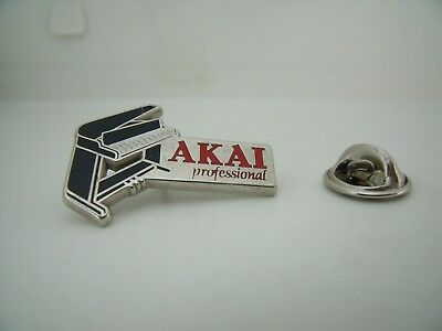 Pin's Pins Pin Badge AKAI PROFESSIONAL PIANO MUSIQUE MUSIC TOP !!!