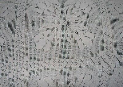 """Vintage Hand Made Crochet Lace Tablecloth 42"""" Square"""