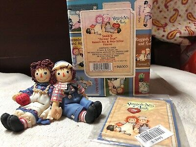 "ENESCO Raggedy Ann & Andy collectible figurine ""Forever True"" NIB"