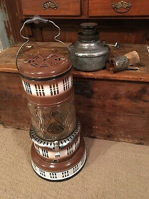 Antique/vintage Perfection Kerosene Heater/stove Wavy Glass Globe Preowned Nice