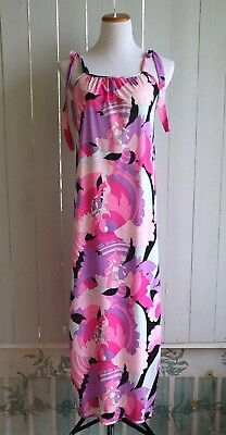 Vintage 1960's Psychedelic Nylon NIGHTGOWN    SMALL   Pucci-Inspired   Sissy