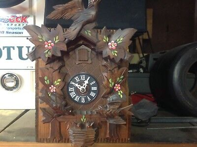 Vintage German Black Forest Wood Carved Bird CUCKOO CLOCK w/Pine Cone Weights