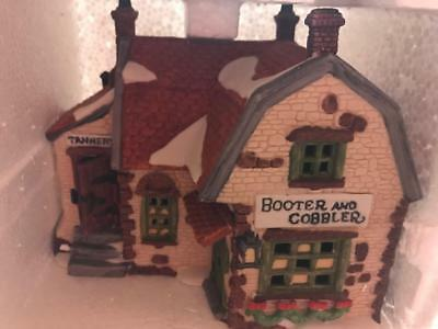 Dept 56 Dickens Village Series ​Booter And Cobbler # 5924-2 BNIB