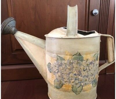 Vintage ~HYDRANGEA~ Hand-Painted GALVANIZED WATERING CAN ~SHABBY~ Cottage 🌼