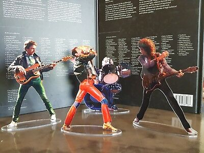 Queen concert figures cristal clear acrylic. Look incredibly real!