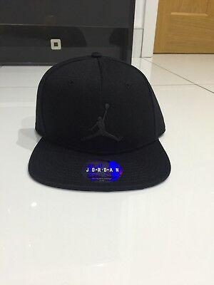 dbcd3312361 JORDAN JUMPMAN SNAPBACK Gym Red Black