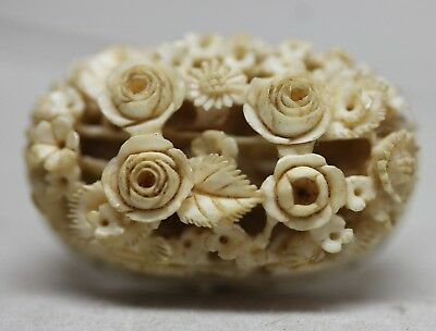 Antique China Chinese HAND CARVED CAMEO FLOWERS/ Beautiful Detailed