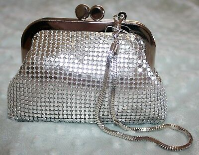 Mesh Coin Purse With Handle