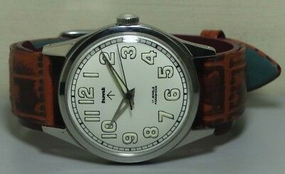 Vintage Hmt Military Winding 17 Jewels Mens Wrist Watch r390 Old used Antique