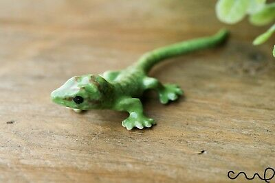 Green Ceramic Lizard Animal Figurine Pottery Ornament Collectable Gift Gecko