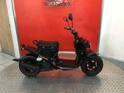 2005 '55' Honda Zoomer 50 50cc NPS50 Funky Retro Moped Scooter Motorcycle