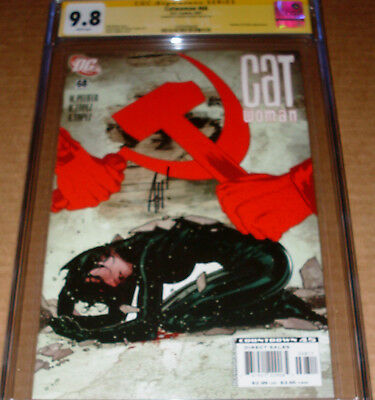 Catwoman #68 CGC SS 9.8 SIGNED Adam Hughes DC 2007 Selina Kyle White pages