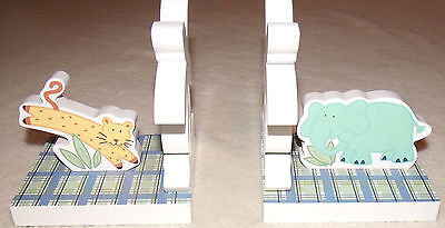 childs wooden jungle animals book ends pre owned very good