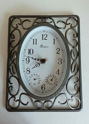 Outdoor Metal Garden Adorn Wall Clock Temperature and Humidity Weather Station
