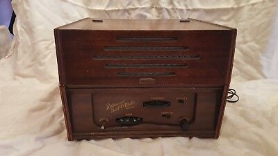Vintage Ristacurat Dial-O-Matic Model 2020 A.M. Radio & Record Player