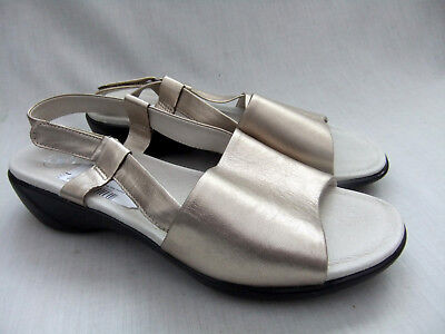 76608870a18f New Clarks K Open Day Womens Metallic Leather Sandals Size 7   41 Extra  Wide Fit