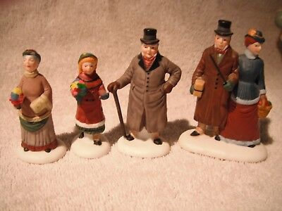 Department. 56 Christmas Village  Town People And Children