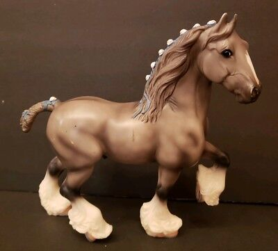 Breyer Reeves Clydesdale Horse With Blue And White Ribbons