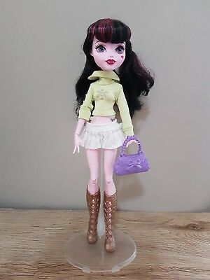 Monster High Doll New Dress complete Outfit Clothes top skirt handbag shoes