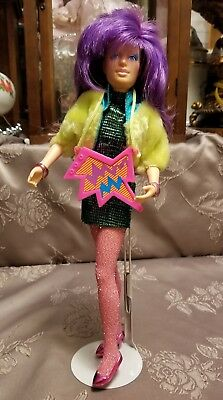 Jem and the Holograms CLASH doll clothes & Stand vintage Hasbro 1987