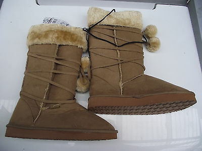 BNWT Older Girls Sz 13 Grey Rivers Doghouse Long Knit Slipper Boots RRP $50