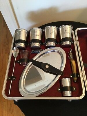 VINTAGE EXECUTAIR 101 TRAVELING BAR SET 9 PC MINI BAR 1960's CARRYING CASE NICE