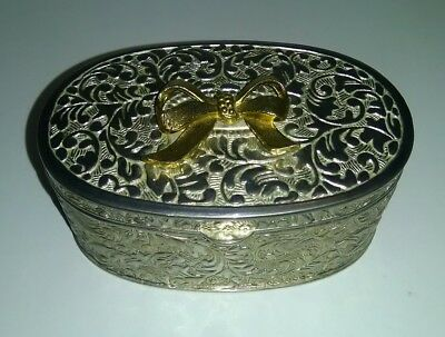 Lovely Vintage Silver Plated Embossed Oval Box With Bow On Lid & Velvet Lining