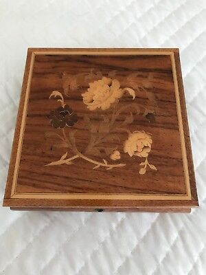 Vintage Floral Design Inlaid Wood Musical Jewelry Box Key Included