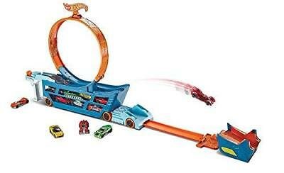 NEW Hot Wheels DWN56 Stunt and Go Truck Loop Garage with Diecast and Mini Toy Ca