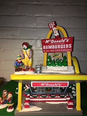 Vintage Dept 56 Snow Village Mcdonald's - Light Up Night Sign And Ronald 7 Kids