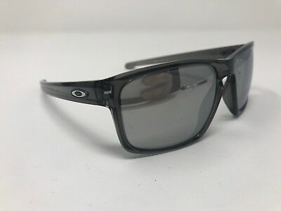 3d28366b54 Oakley SLIVER Smoke Grey POLARIZED Chrome Iridium Sunglass oo9262-13 GZ77
