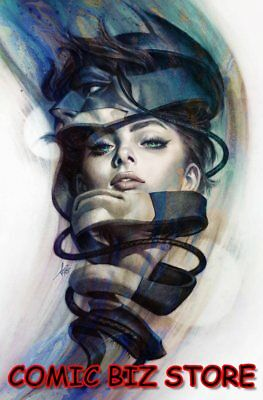 Catwoman #5 (2018) 1St Printing Stanley Artgerm Lau Variant Cover Dc Universe